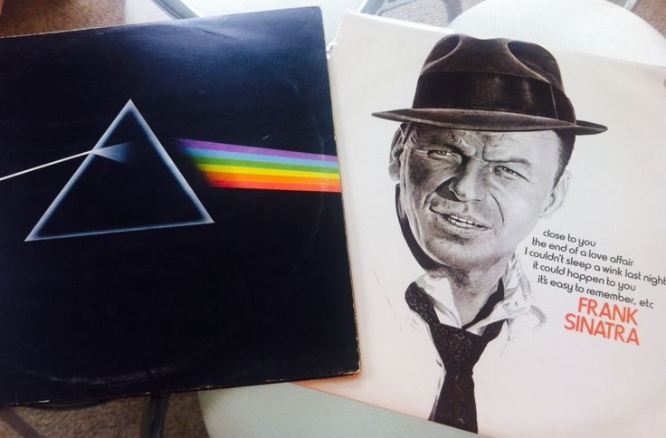 It's week 1 of the rediscovering your music collection challenge and I'm quickly discovering that the only challenging part of this challenge is to pick just one album to listen to! This week i'm rediscovering Pink Floyds, Dark Side of the Moon and discovering Frank Sinatra's Close to you. Read what I thought