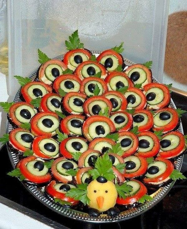 Ideas para decorar los platos de la mesa de Año Nuevo