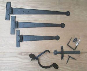 Hand-forged-blacksmith-traditional-penny-end-door-t-tee-hinges-Suffolk-latch