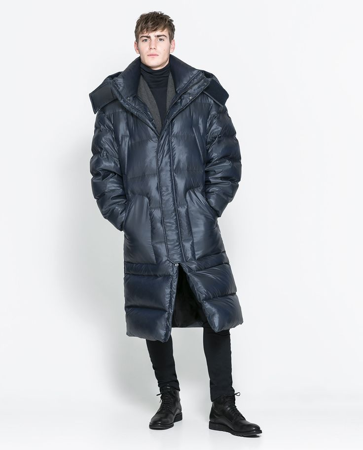 Zara OVERSIZED PUFFER JACKET  Ref. 6719/301  299.00 CAD               OUTER SHELL  59% POLYESTER, 41% NYLON  LINING  100% POLYESTER  FILLING  50% GREY DUCK DOWN, 50% FEATHER