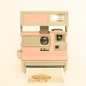 Polaroid camera photo vintage camera pastel pink by bomobob: Pink Polaroid, Camera Photos, Vintage Pink, Polaroid Camera, Pastel Pink, Vintage Cameras, Things, Modern Home, Photography