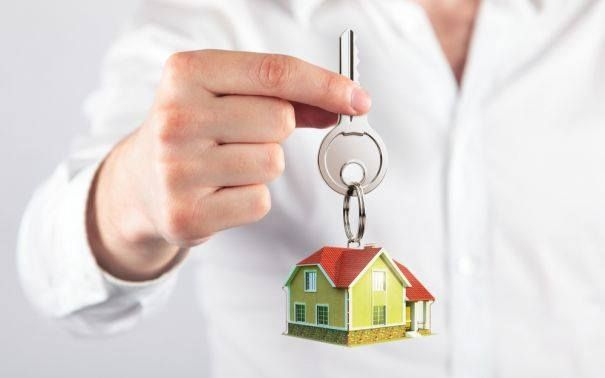 CONTINUA scumpirile la locuințe!!! Variaţia anuală pozitivă a indicelui naţional vine coroborată cu o creştere medie a preţurilor de 1,5% pe an în ultimii cinci ani, dar şi cu trendurile ascendente înregistrate la nivel regional, fapt care evidenţiază revenirea pieţei.