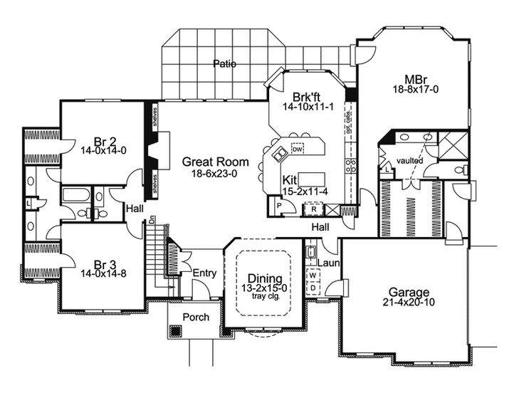 Traditional House Plan First Floor - 007D-0117 | House Plans and More.......... I like the jack and Jill bathroom and the twin bedrooms with walkin closets.