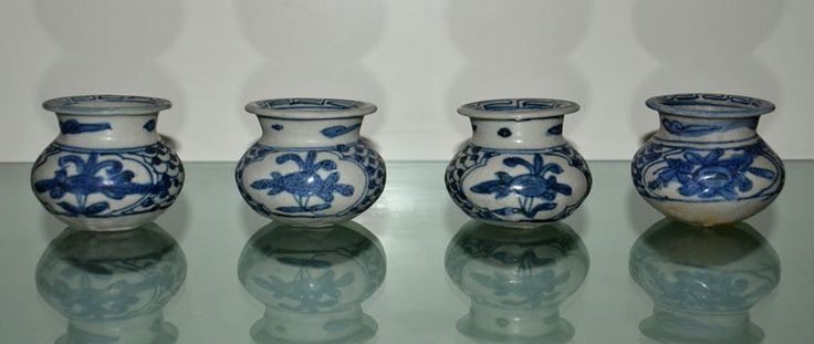 4 pcs of Zhangzhou (Swatow) Blue and White Spittoons
