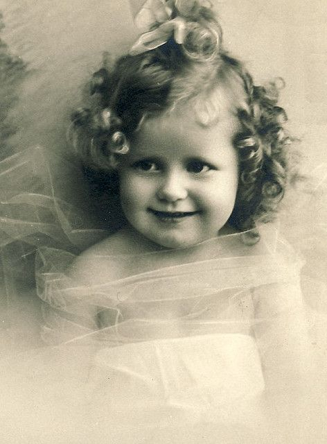 """sweet baby vintage photogragh ... I was thinking she was looking like, """"I will cut you."""""""