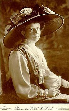 Sophie Charlotte von Oldenburg (1879-1964) S: Prince Eitel Frederick of Prussia. No Issue.House of Holstein-Gotten