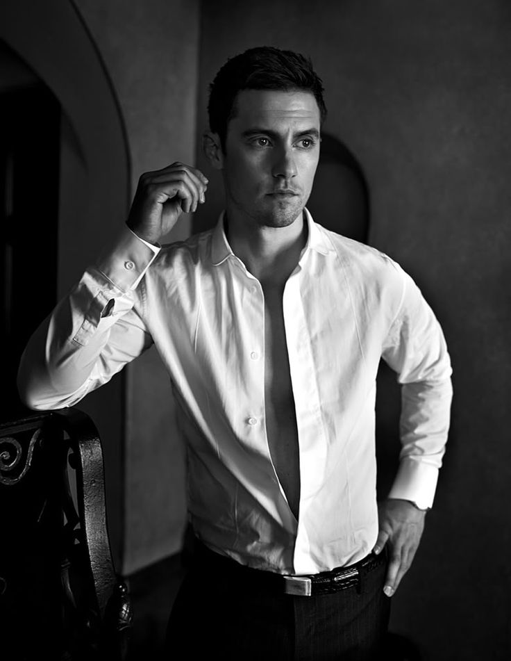 milo ventimiglia. All grown up.... Mmmmm