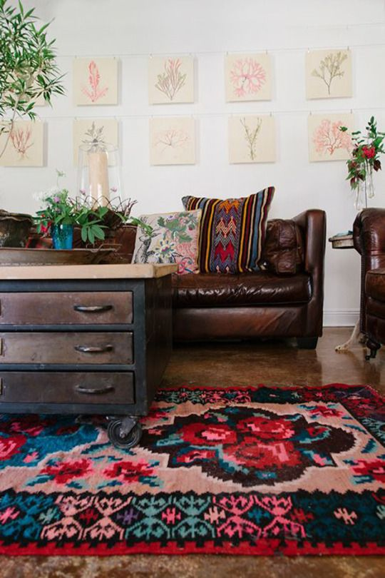 25 best ideas about dark brown couch on pinterest for Rug color for red couch
