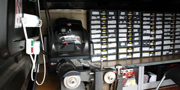 auto locksmith derby and derby car keys offer full derby auto locksmith service for Lost car keys derby , replacement car keys derby , car keys derby