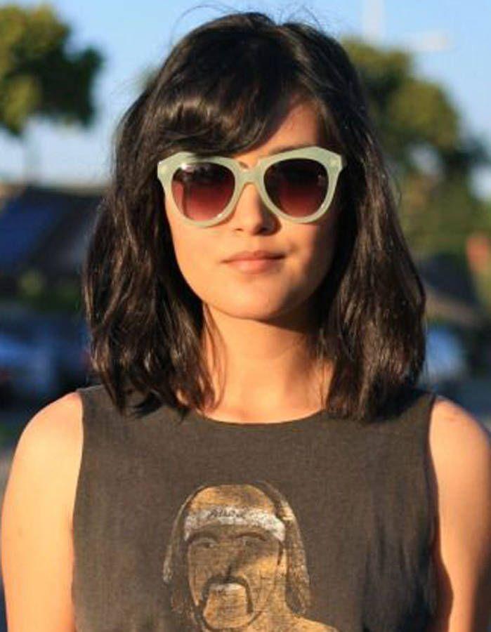 Coiffure visage rond brune - 40 coiffures canon pour les visages ronds - Elle