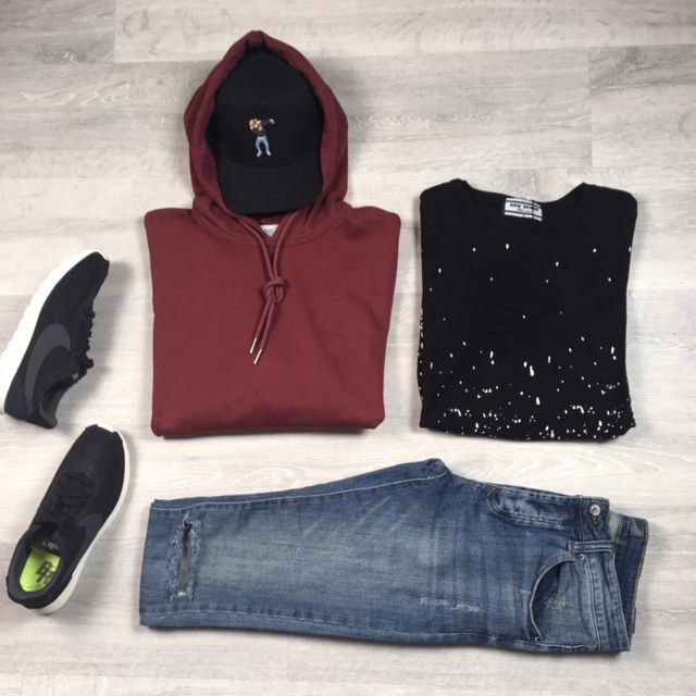 classic outfit // Retrouvez plus de looks sur http://realnswag.fr  #look  #outfit  #menswear  #style  #urban #streetwear  #urbanstyle  #dope  #lille  #france  #sneakers  #fashionaddict