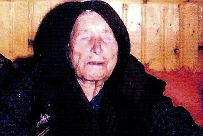 Blind Woman who predicted 9/11, has predicted Obama will be last US President #BabaVanga, #DonaldTrump, #Prediction