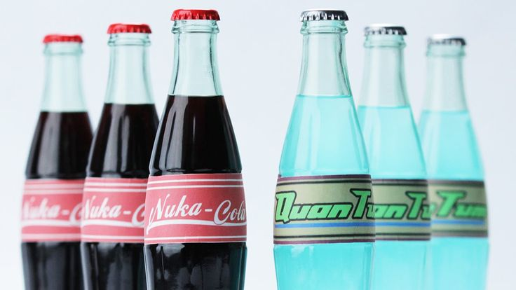 FALLOUT 4 NUKA COLA ft. Hannah Hart - NERDY NUMMIES i love this game