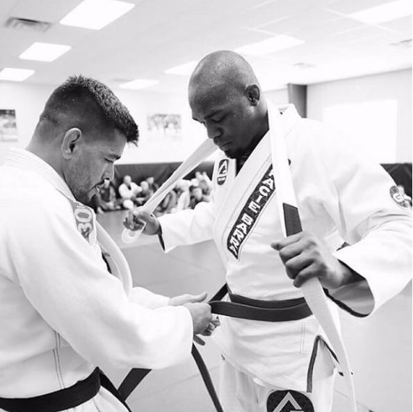 7What makes a good Brazilian Jiu-Jitsu instructor? Is it someone who is a world champion or someone with many years of experience? While talent and...