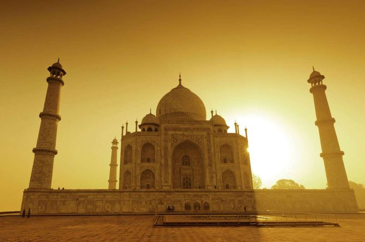 Taj Mahal (Agra, India) - Image Broker/REX
