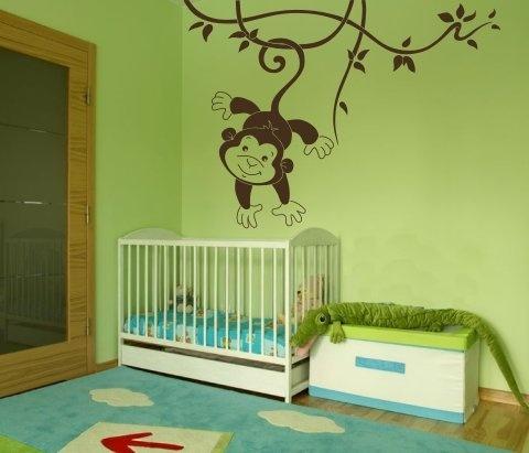 Wandtattoo Kletteräffchen - ein perfektes Motiv für das Baby- und Kinderzimmer mit einem lustigen und verspielten Affen, der klettert und schwingt sic