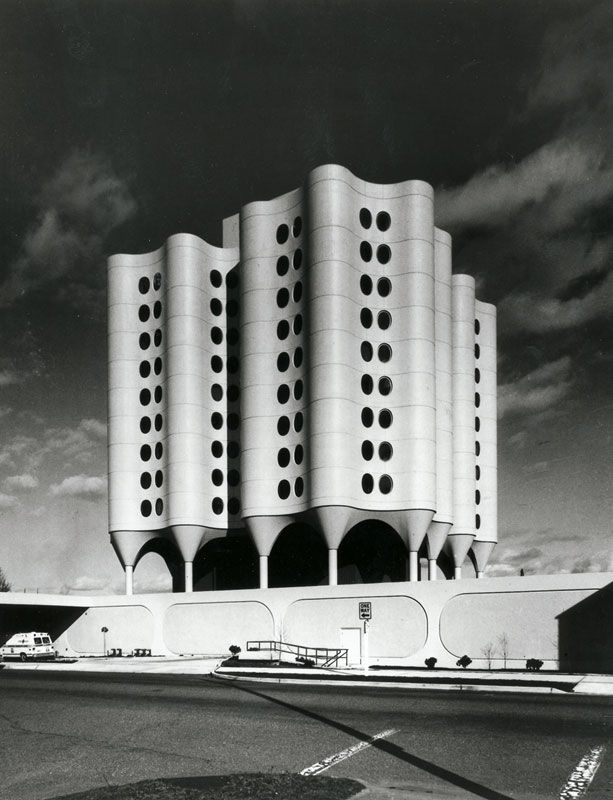 St. Joseph's Hospital, Tacoma, USA, 1974, by Bertrand Goldberg.