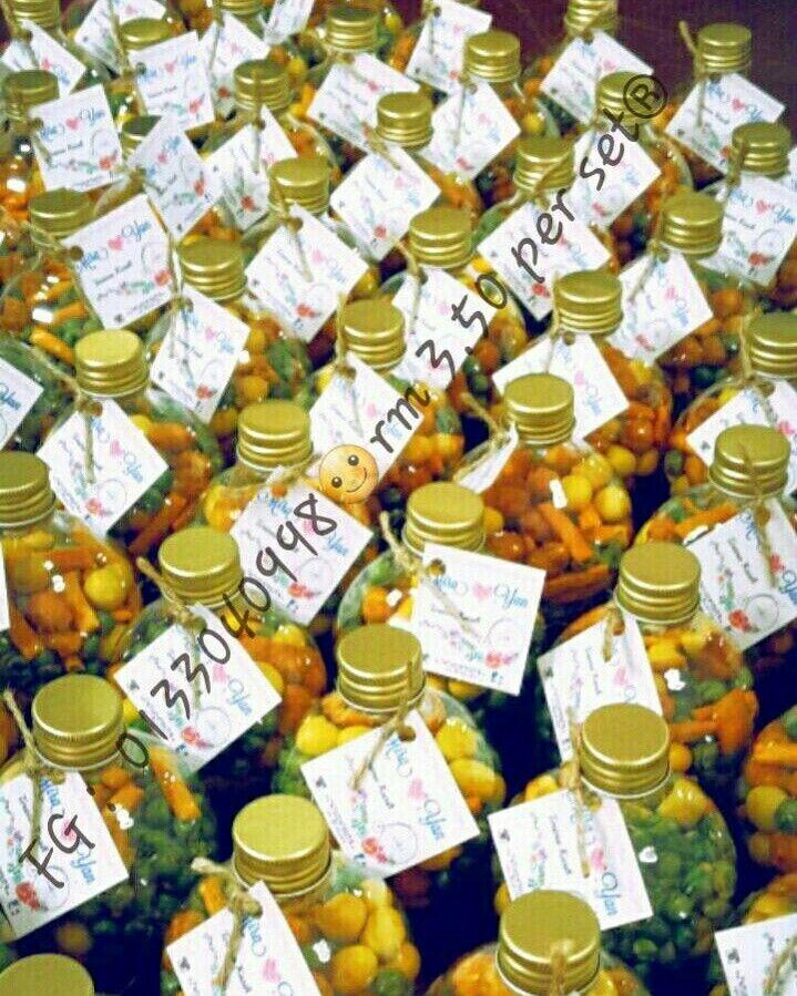 MIXED NUTS in Mentol Bottle  SET include ↓  - Mentol Bottle 200ml - Plastic - GOLD Colour Cap Only - Mixed Nuts * Kacang Hijau Masin *Kacang Telur Ayam *Kacang Kari Soya Bijan *Tam Tam *Muruku *Kacang Kuda *Kacang Tanah *Kacang Parang  - Personalized Thank You Tag - Twine/Tali Guni