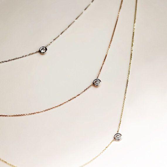Zarte Solitär-Diamant-Halskette.07 ct 14k 18 k Gold von cestsla