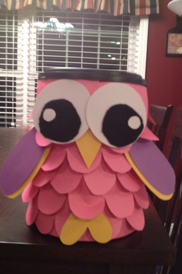 Sinterklaas surprise: Kinley's owl Valentine box from last year