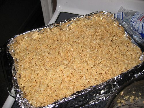 Homemade rice crispies! Yeah, I know I'm like the only person who had no clue how to make these. But homemade are the best!