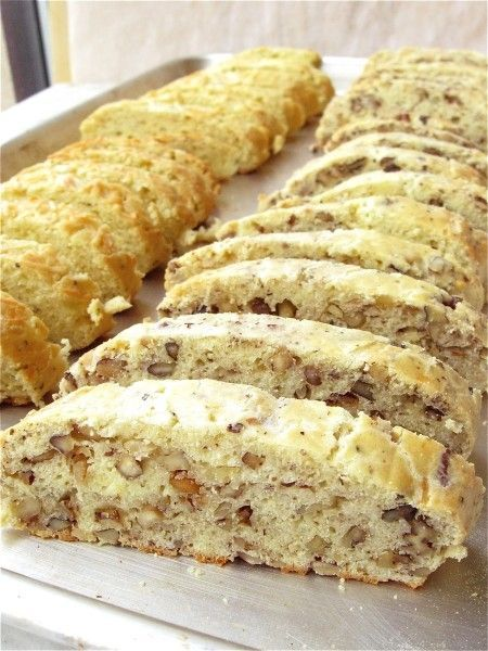 PARMESAN AND CRACKED BLACK PEPPER BISCOTTI: FEED YOUR SAVORY SIDE