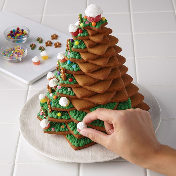 Gingerbread Christmas Tree - how to preserve your gingerbread house, Christmas tree or cookies
