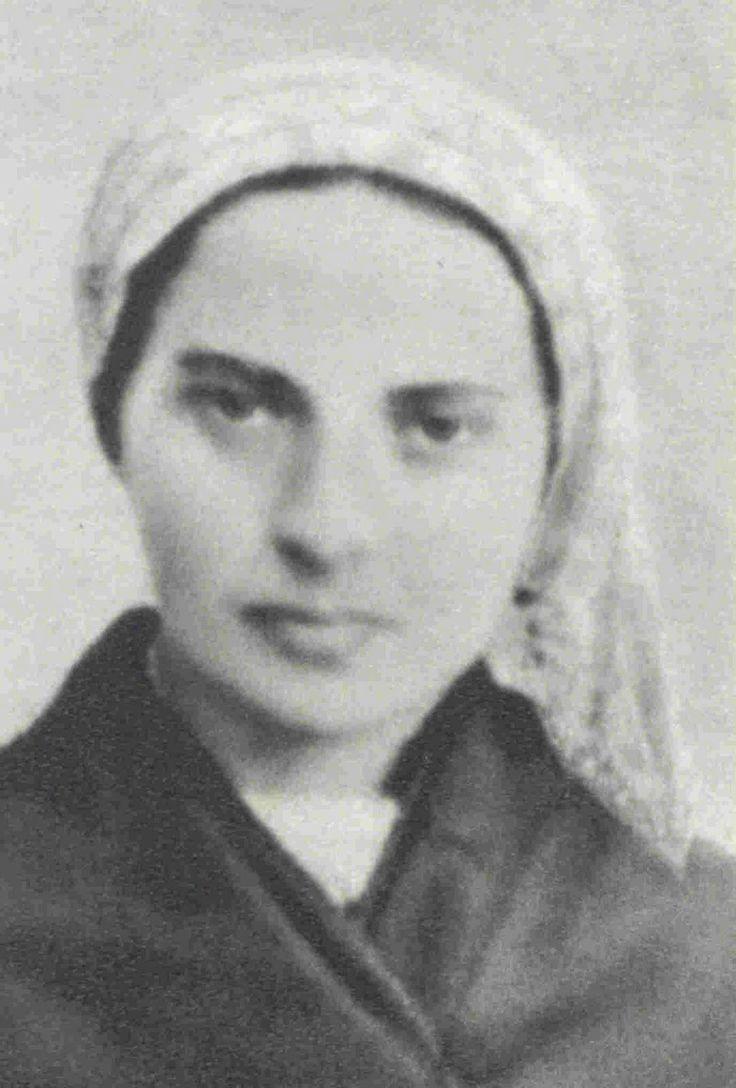 "Bernadette Soubirous | ... spend every moment loving"" - St Bernadette Soubirous - Taylor Marshall"