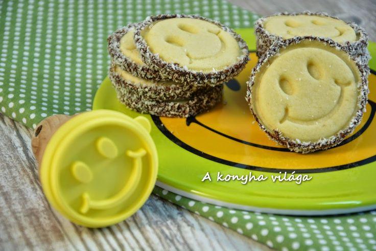 A konyha világa: Bagoly és smiley sütipecsétes keksz