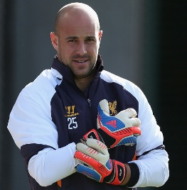 Pepe Reina today praised the 'complete' performance of stand-in goalkeeper Brad Jones at the weekend - but at the same time assured supporters that he doesn't expect to spend too long on the sidelines through injury.