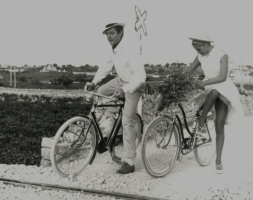 marcello mastroianni and virna lisi from the Rides a Bike blog