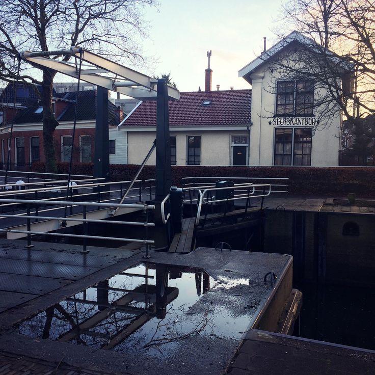 Sluiskantoor, Bij de sluis, Sluisbrug, Groningen