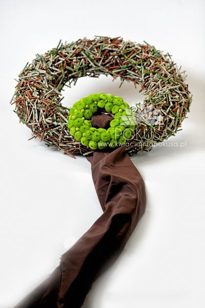 Wreath - Funeral decoration   Kwiaciarnia POKUSA - Kielce / Florist TEMPTATION - Kielce