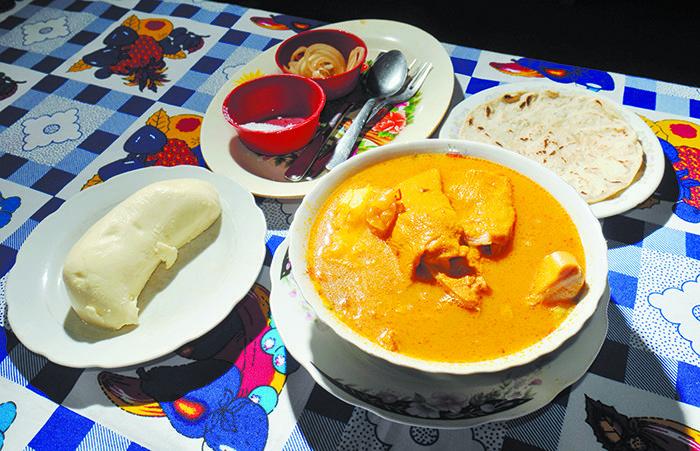 Sopa de mondongo.  Se dice que la mejor sopa de mondongo es la de Masatepe, en Masaya. Este plato se prepara con tripas de res y se lava con bicarbonato, naranja agria y limón. Poco se sabe sobre la fecha de su origen, pero sí que no es exclusivo de Nicaragua. Es más bien una mezcla euroamerciana.