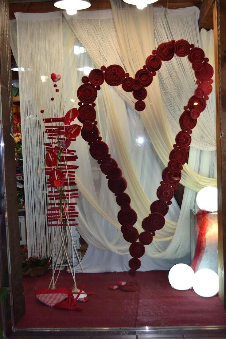 Desde floristeria santi espectacular escaparate de san for Decoracion san valentin pinterest