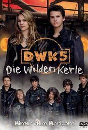 Die Wilden Kerle 5 Full Movie. A team of heroes faces their most dangerous opponents in the Shadow Realm, soccer playing vampires.