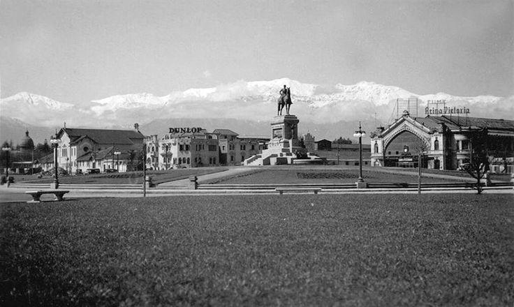 Plaza Baquedano (Plaza Italia). Año 1940.