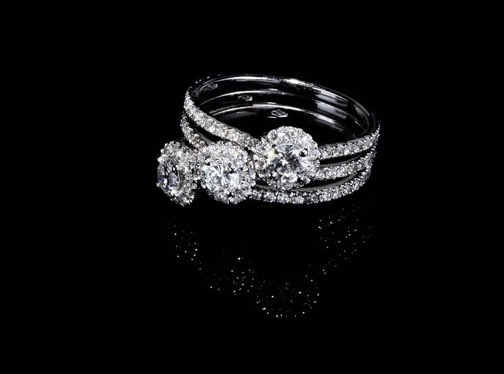 Love & You Trilogy - #digregorio_milano #digregoriogioielli_milano #diamonds #whitegold #trilogy #ring #modular #love #wedding  #jewel #jewellery #finejewellery #luxury