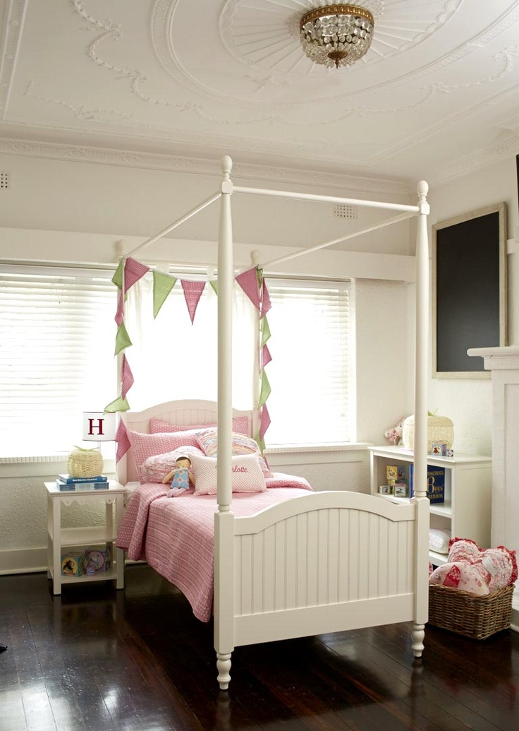 4 poster bed perfect for a girl's bedroom.  #bed #bedroom #kids #kidsbedroom #4posterbed #parenthood #parenthoodstore