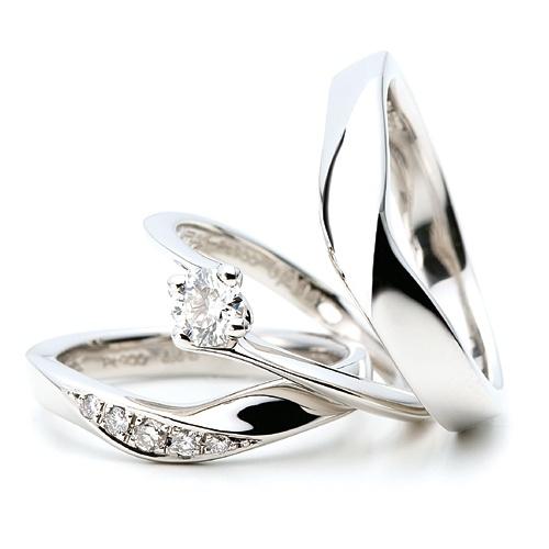"""ゆびわ言葉  絆  Relation~リレーション~    『2人の出会い』をイメージ。 出会い、結びつき、1つになるようにと願いを込めて…。     Ring language    Bonds    Relation    """"Two persons' encounter"""" is imagined.   A wish is put as be set to encounter, connection, and one --"""