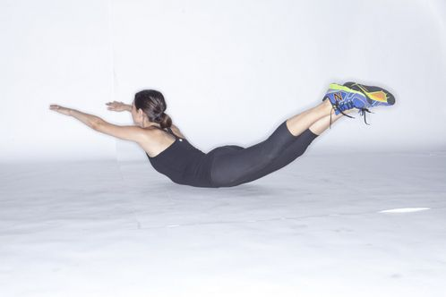 Want Flat abs? Do the superman! This is the move Jessica Simpson does to get her tummy flat.