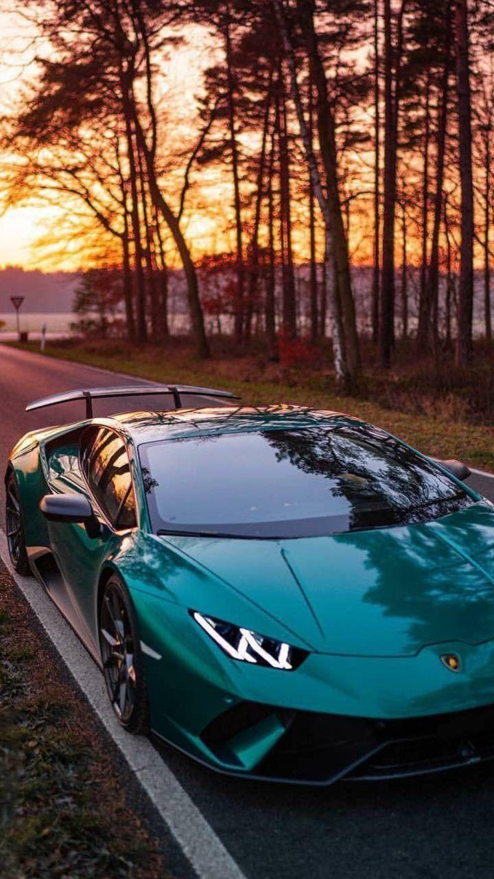 Lamborghini avandator – Sportwagen