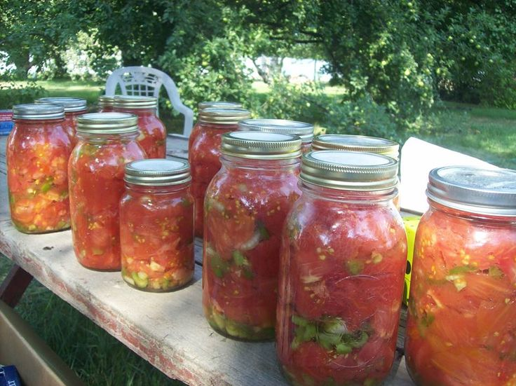 20 quarts of gorgeous stewed tomatoes from Tomato Dirt-er Judy Henderson! More on canning tomatoes: http://www.tomatodirt.com/canning-tomatoes.html.
