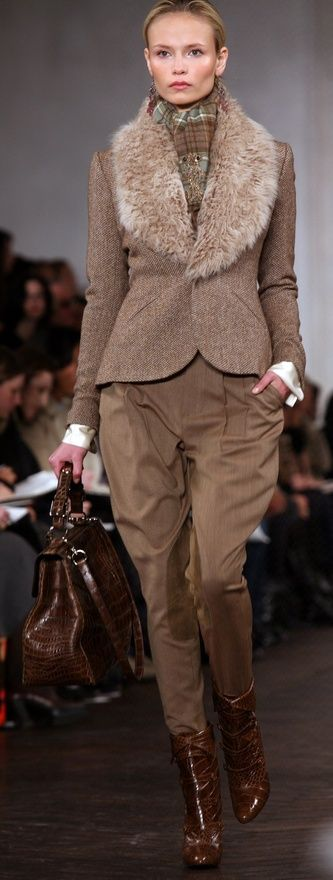 So warm and glam ~  #fadshion, #runway, ralph.  #RalphLauren