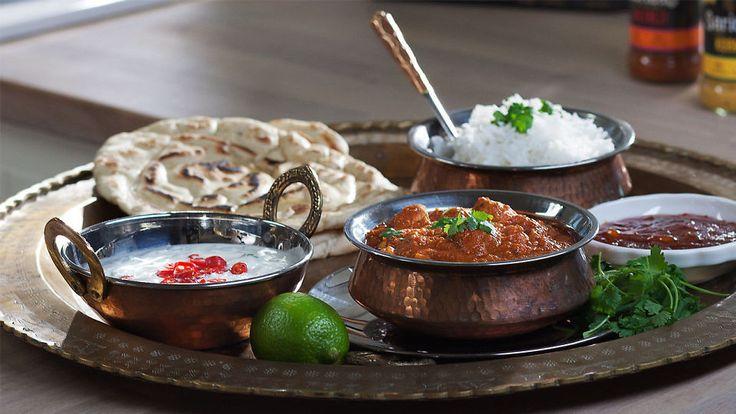 Det indiske kjøkkenet er like stort og spennende som selve landet, men å lage retter som tikka masala og kylling korma fra bunn trenger ikke å ta all verdens tid.