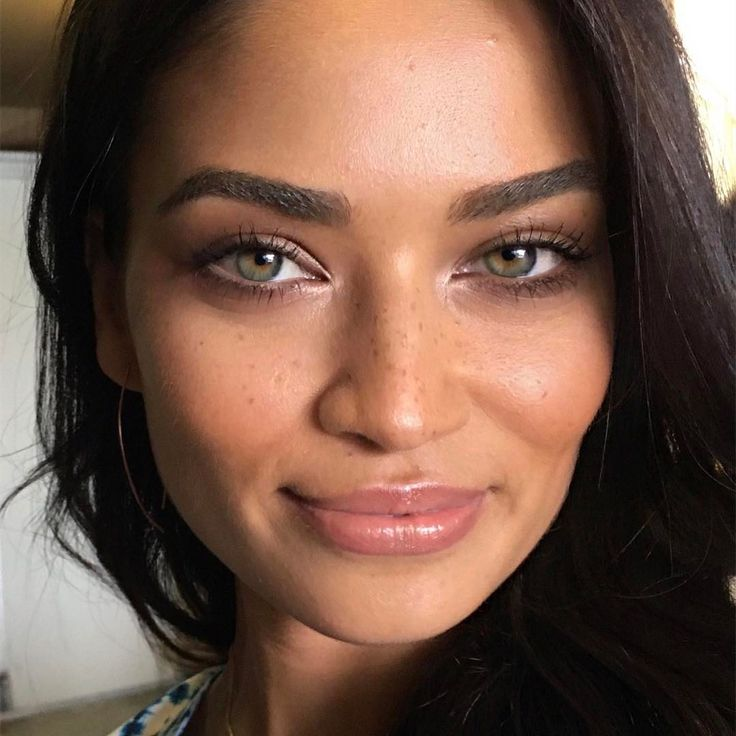 "6,206 Likes, 36 Comments - @aniamilczarczyk on Instagram: ""Rainy Saturday night in dreaming about this face. @shaninamshaik a while back for…"""