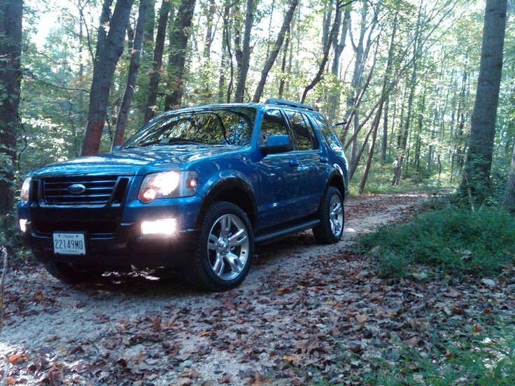 2009 Ford Explorer AWD Photos