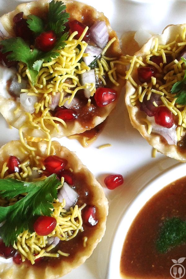 Sprout Potato Basket Chaat Recipe | How to make Potato Basket Chaat... Sprout Potato Basket Chaat Recipe always is a perfect starter for party. The delicious taste of this Potato Basket Chaat makes it the best dish for snacks or starter. Here, I am sharing a healthy version of potato basket chaat with you. And yes, it is one of my own creation of stuffing and baskets i am using here are fully home-made baskets.