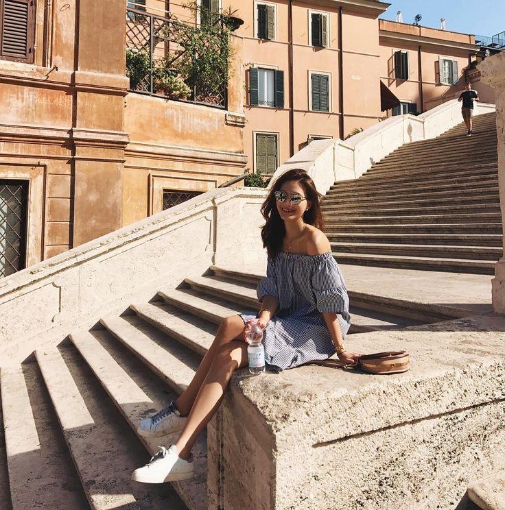 "1,659 Likes, 19 Comments - Jennifer Wei (@chienyu520jen) on Instagram: ""Don't wanna leave this beautiful city ~☀️⛲️⛪️ 在義大利這幾天,喝最多的不是expresso☕️,而是ㄧ瓶瓶的礦泉水~真的太熱了~"""