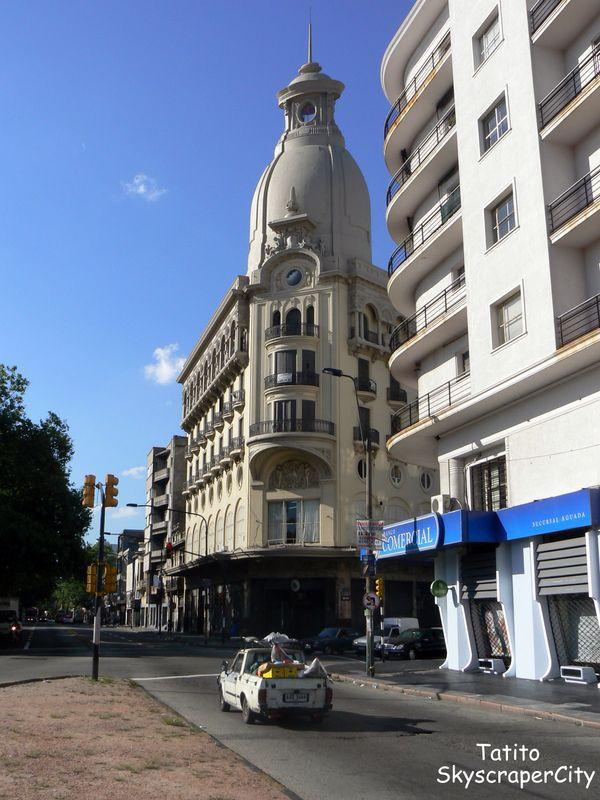 URUGUAY   Edificio Soler - en a esquina de la Avda. Agraciada y Marcelino Sosa.Montevideo
